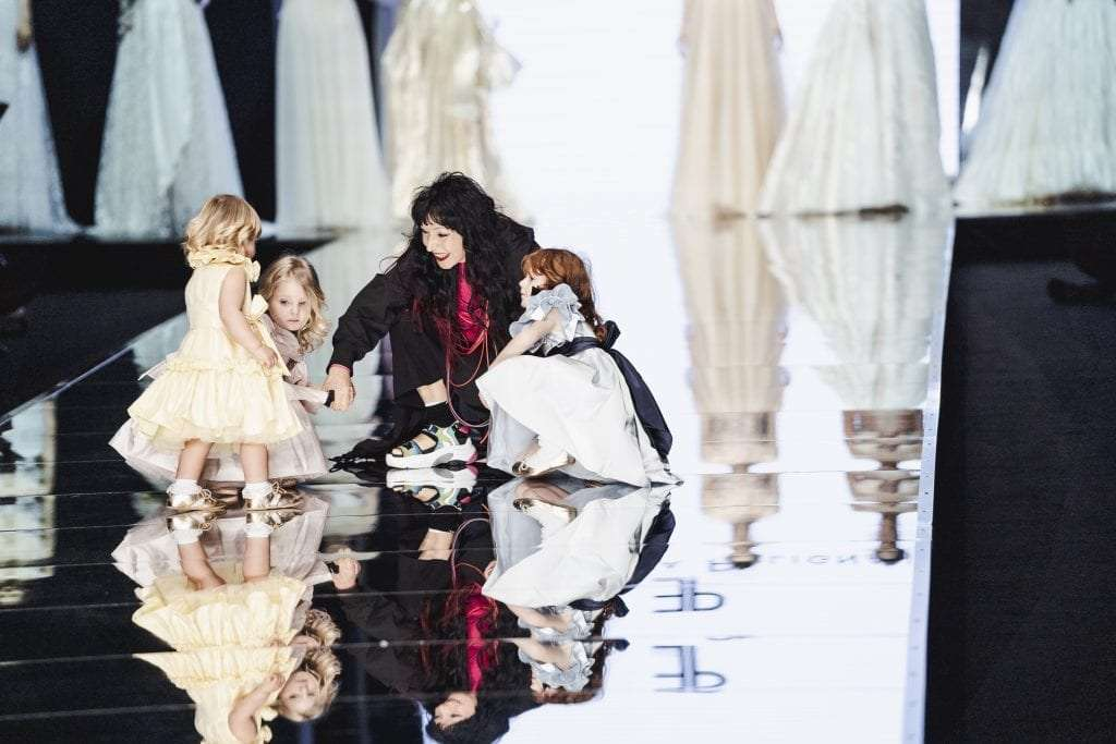 The designer Elisabetta Polignano, as every year, almost a consolidated tradition, opens with her fashion show the edition of Sì Spositalia 2019, with the presentation of the bridal collection 2020
