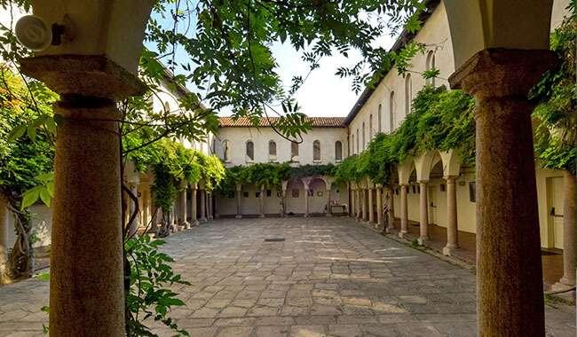 location a milano: I Chiostri di San Barnaba