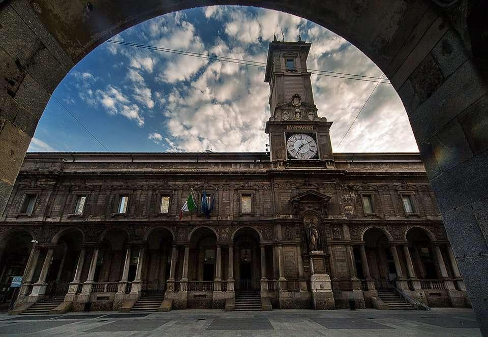 location a milano : Palazzo Giureconsulti